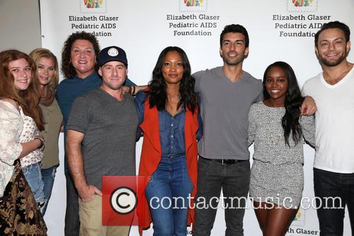 Bridgett Casteen, Dot-marie Jones, Garcelle Beauvais, Justin Baldoni and Jonathan Sadowski 3