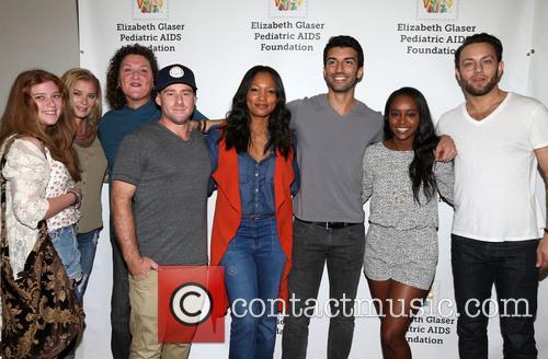 Bridgett Casteen, Dot-marie Jones, Garcelle Beauvais, Justin Baldoni and Jonathan Sadowski 1