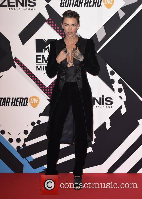 The, Mtv Emas and Arrivals 1