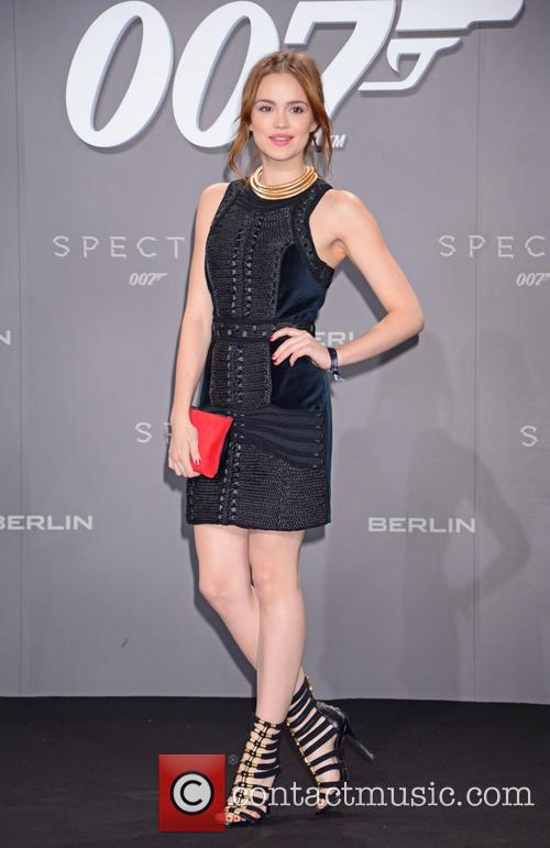 Emilia Schuele, Bond and Sony 3