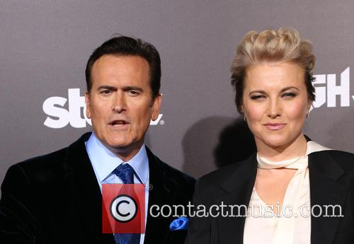 Bruce Campbell and Lucy Lawless 11
