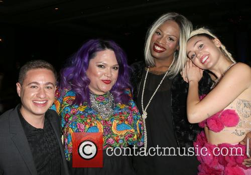 Miley Cyrus and Guests 11