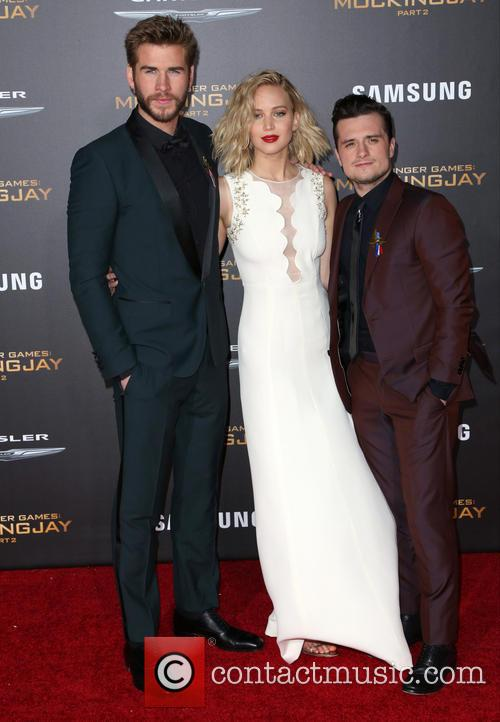 Liam Hemsworth, Jennifer Lawrence and Josh Hutcherson 3
