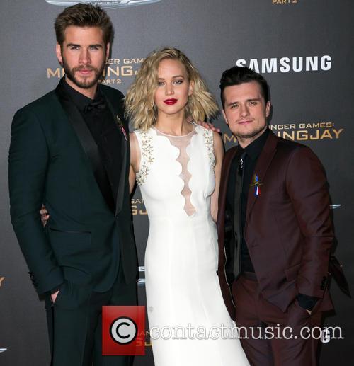 Liam Hemsworth, Jennifer Lawrence and Josh Hutcherson 10