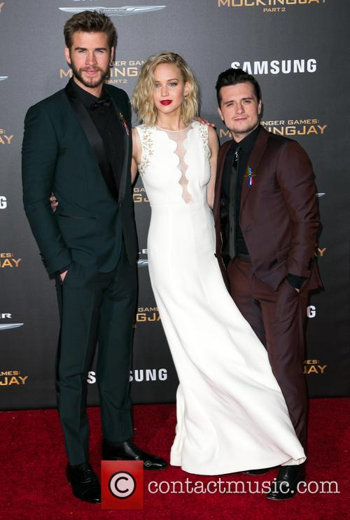 Liam Hemsworth, Jennifer Lawrence and Josh Hutcherson 11