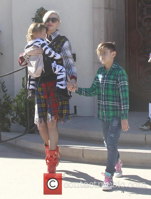 Gwen Stefani, Apollo Rossdale and Kingston Rossdale 5