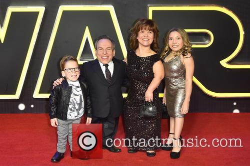 Warwick Davis, Guests and Star Wars