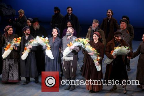 Jessica Hecht, Danny Burstein and Cast 3