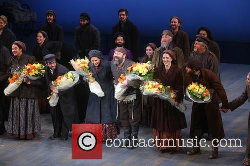 Jessica Hecht, Danny Burstein and Cast 5