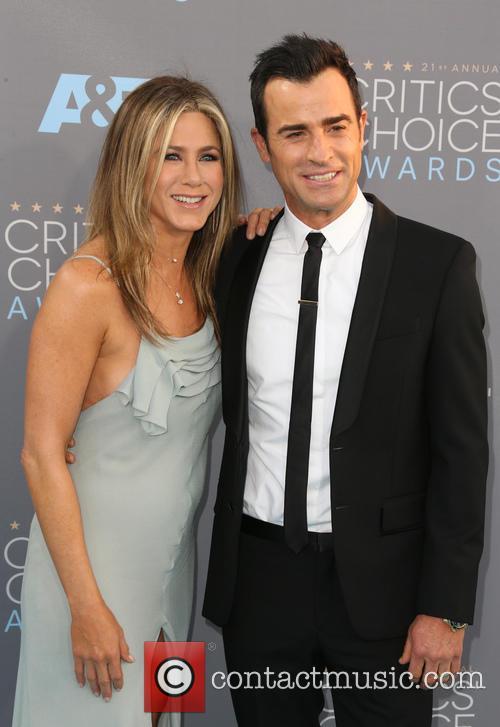 Jennifer Aniston and Justin Theroux 10