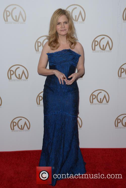 Jennifer Jason Leigh 3