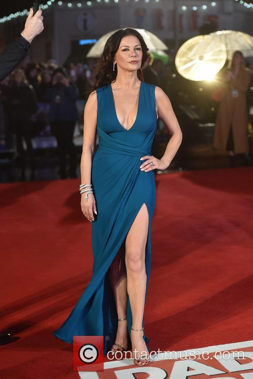 Catherine Zeta-jones 8