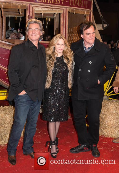 Kurt Russel, Jennifer Jason Leigh and Quentin Tarantino 9