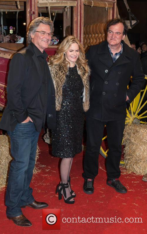 Kurt Russel, Jennifer Jason Leigh and Quentin Tarantino 11