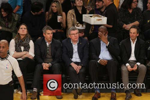 Magic Johnson and Thomas Bach 1