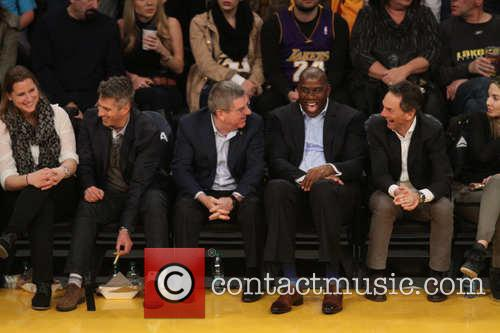 Magic Johnson and Thomas Bach 4