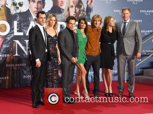 Justin Theroux, Kristen Wiig, Ben Stiller, Penelope Cruz, Owen Wilson, Christine Taylor and Will Ferrell 10