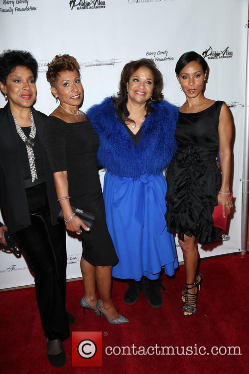 Phylicia Rashad, Adrienne Banfield-jones, Debbie Allen and Jada Pinkett Smith 3