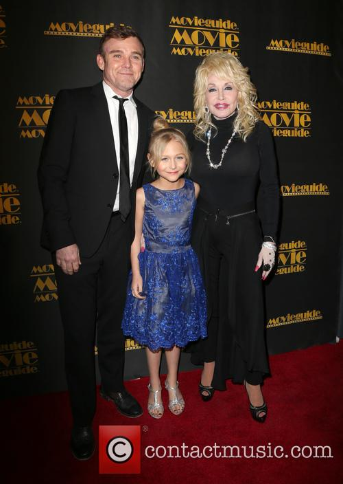 Ricky Schroder, Alyvia Alyn Lind and Dolly Parton 3
