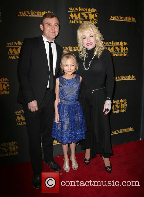 Ricky Schroder, Alyvia Alyn Lind and Dolly Parton 5