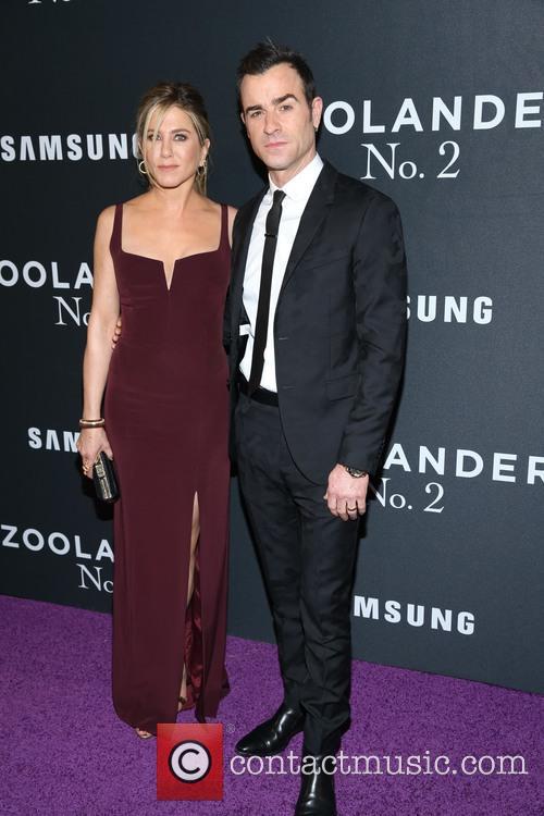 Jennifer Aniston and Justin Theroux 9