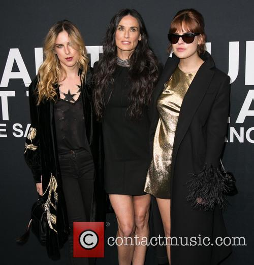 Scout Willis, Demi Moore and Tallulah Willis 4