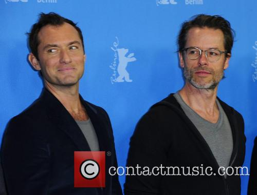Jude Law and Guy Pearce 4