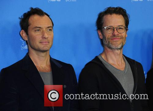 Jude Law and Guy Pearce 5
