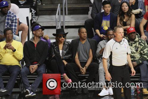 Jay Z, Beyonce' and Kendrick Lamar 6
