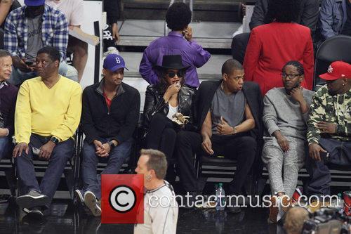 Jay Z, Beyonce' and Kendrick Lamar 7