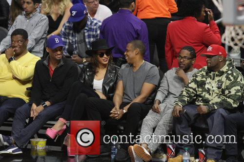Jay Z, Beyonce' and Kendrick Lamar 9
