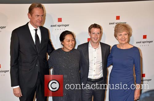 Mathias Doepfner, Priscilla Chan, Mark Zuckerberg and Friede Springer 5