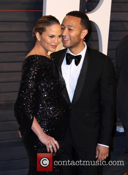 Chrissy Teigen and Husband John Legend 4