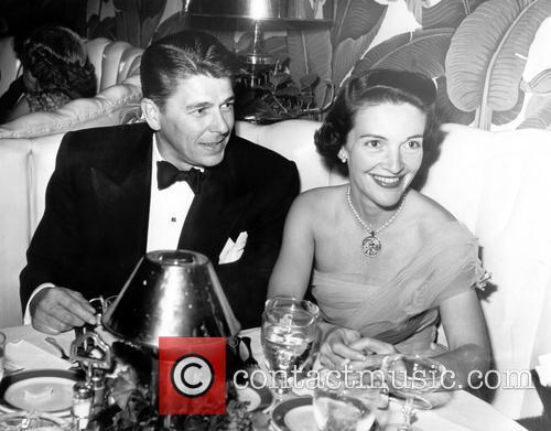 Nancy Reagan, Nancy Davis and Ronald Reagan 9