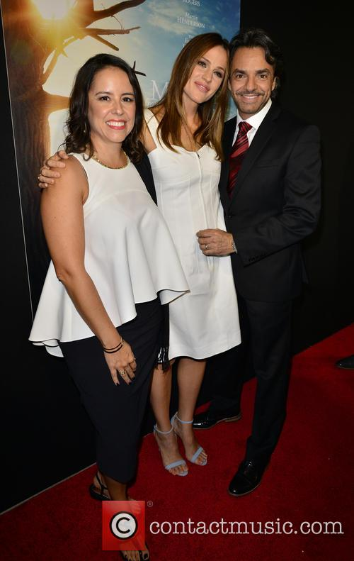 Lili Estefan, Jennifer Garner and Eugenio Derbez 7