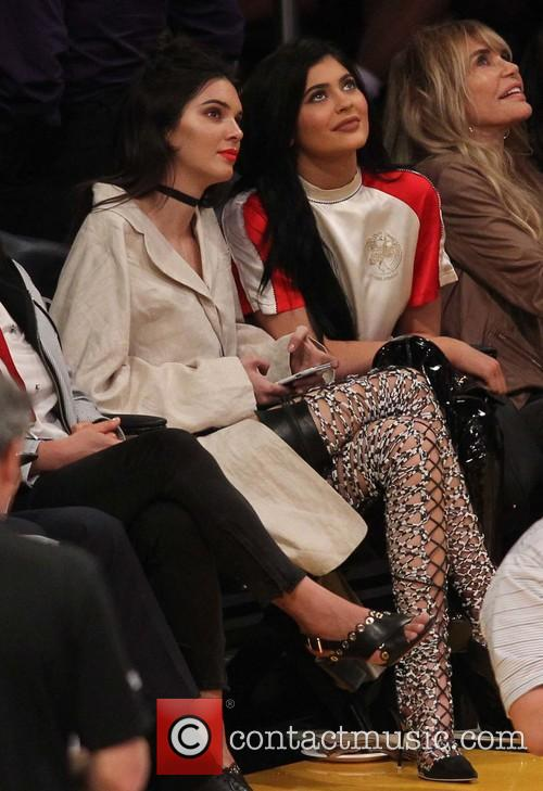 Kylie Jenner and Kendall Jenner 1