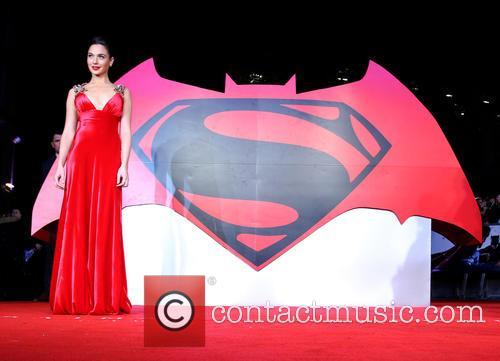 Batman, Gal Gadat, Superman and Justice 11