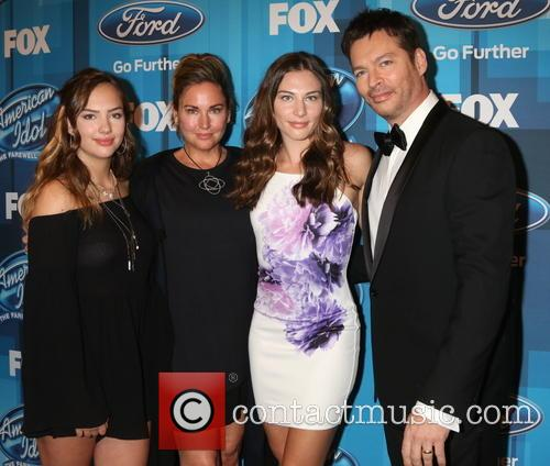Harry Connick Jr and Family 2
