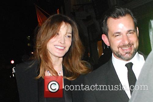Carla Bruni and Bond 4