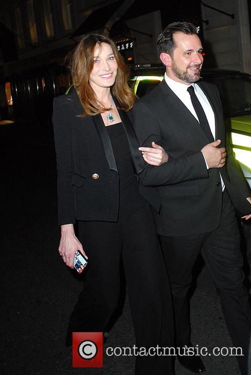Carla Bruni and Bond 6