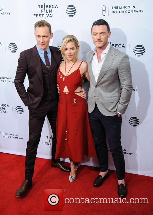 Luke Evans, Sienna Miller and Tom Hiddleston 10