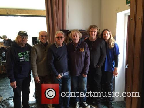Alan White, Steve Howe, Trevor Horn, Chris Squire, Geoff Downes and Jon Davison