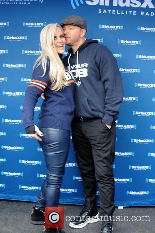Jenny Mccarthy and Donnie Wahlberg 3