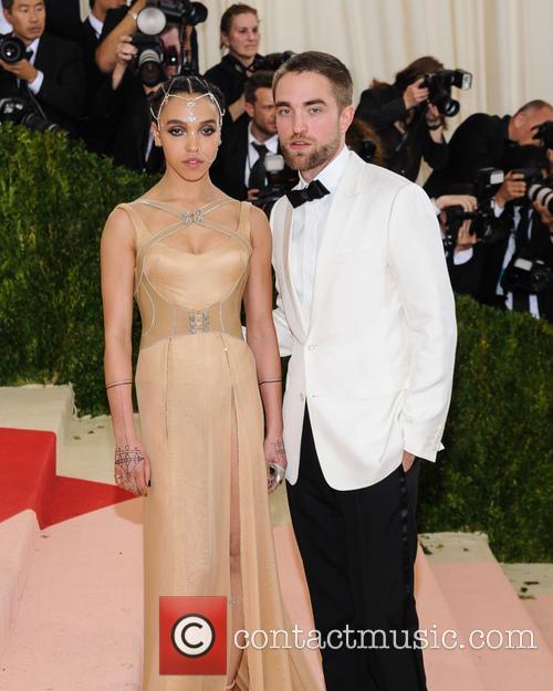Fka Twigs and Robert Pattinson 2