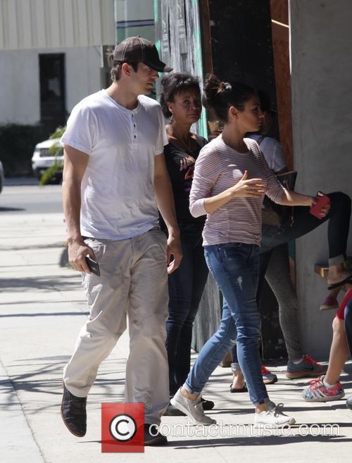 Mila Kunis and Ashton Kutcher 10