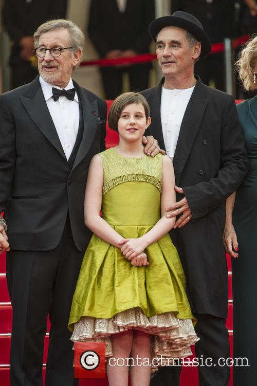 Steven Spielberg, Ruby Barnhill and Mark Rylance 3