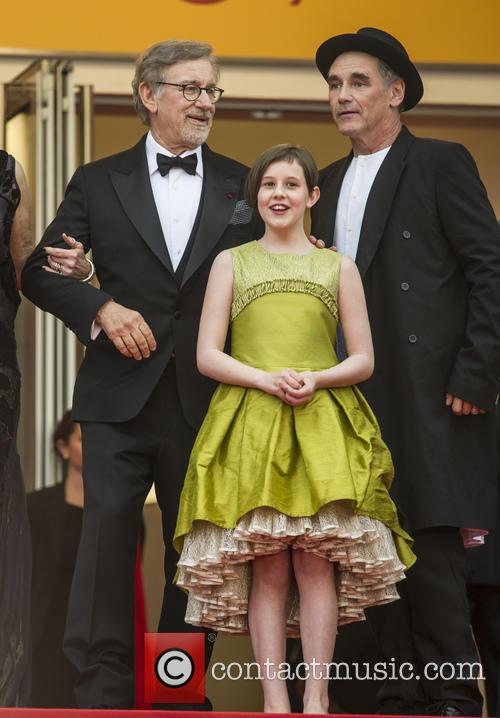 Steven Spielberg, Ruby Barnhill and Mark Rylance 9