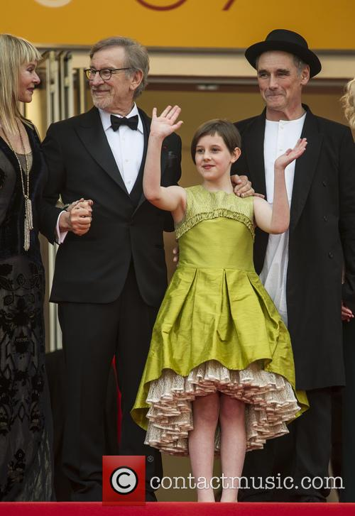 Steven Spielberg, Ruby Barnhill and Mark Rylance 10
