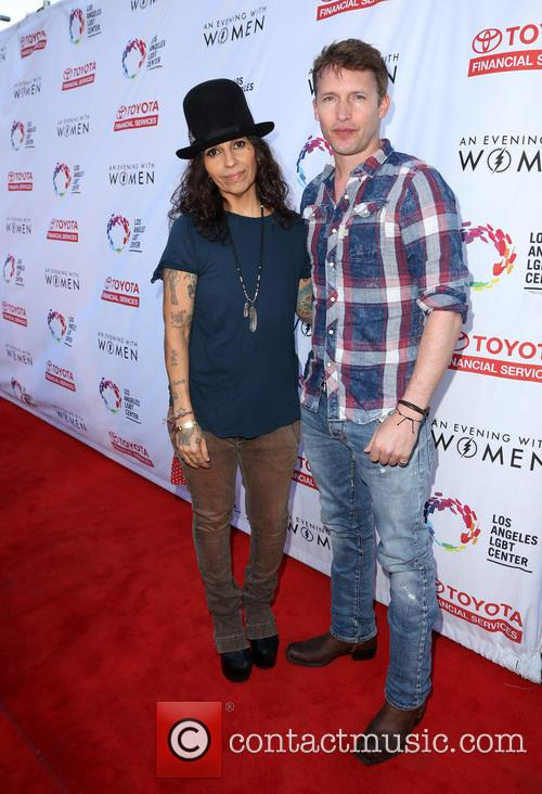 Linda Perry and James Blunt 11