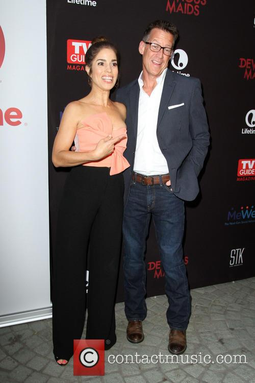 Ana Ortiz and James Denton